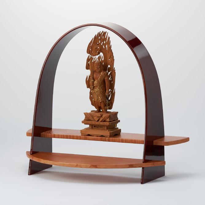 春慶 仏像の設置台として